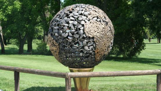 09 GOLDANIGA Mondo bronzo golf diametro cm. 130