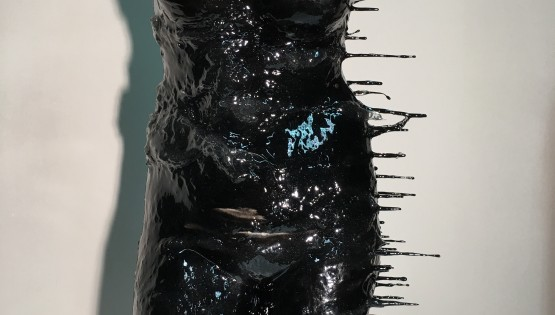 QUARONE Venere Nera gesso e resina h cm. 73